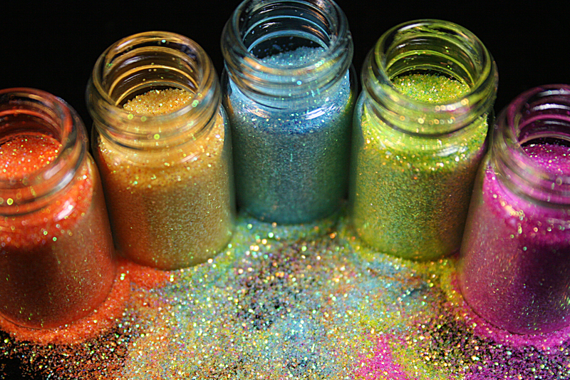 © Cbeckwith | Dreamstime.com - Glitter Photo